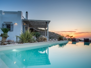 Villa Ernesto Paros Greece
