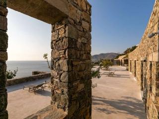villa-tierra-syros-greece